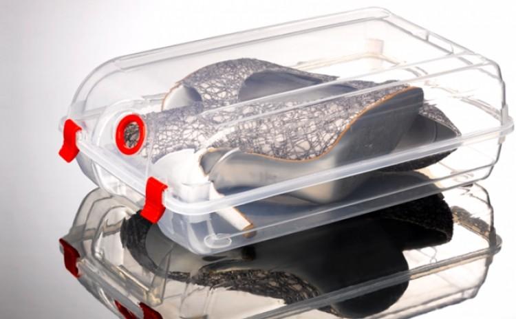 Cutiile Din Plastic Cu Auto-depozitare